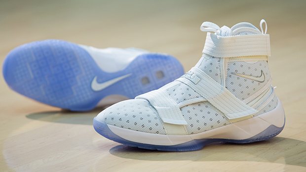 Nike Launches the LeBron Soldier 10 FlyEase