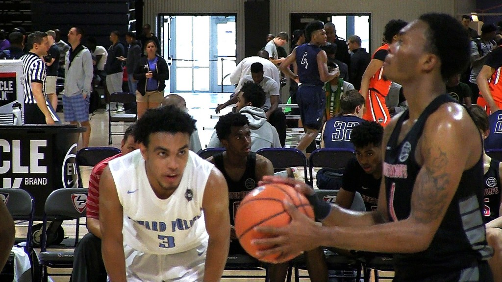 Tre Jones vs Ja'Vonte Smart At EYBL ATL!! Drops 31 Points & 17 Assist!