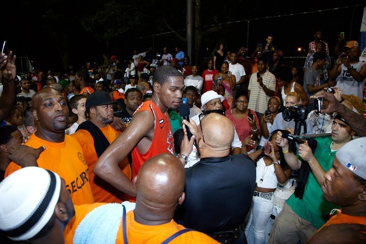 272f685ddfd Remembering When Kevin Durant dropped 66 points at Rucker Park ...