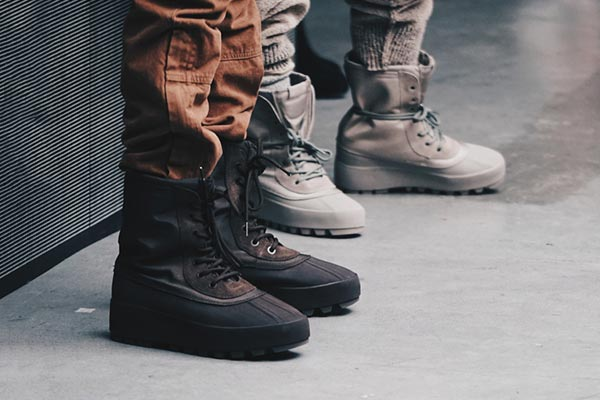 8b1119a690a71 Adidas Yeezy 950 M softwaretutor.co.uk