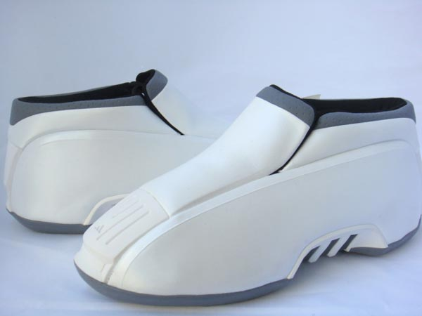 8de918930000 adidas The Kobe Two