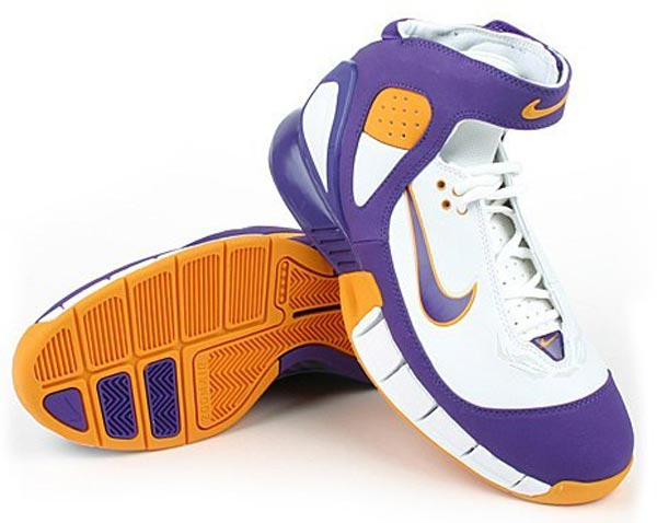 92e201971791 As Kobe s contract with Nike became finalized