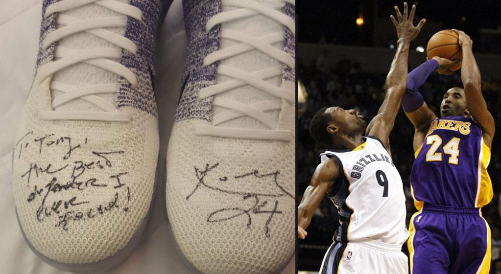 71bb086d78b9 Kobe Bryant Gives Tony Allen His Shoes